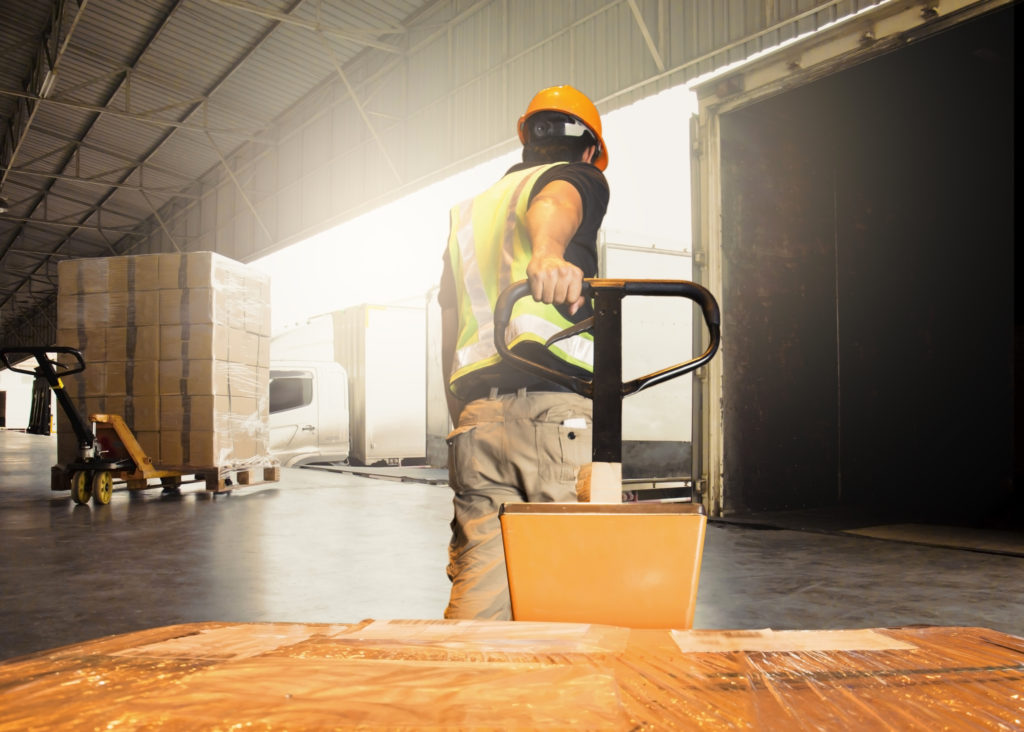 When Should You Switch to Full Truckload Shipping?